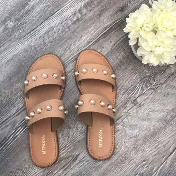 a980de38a058 ... sandals by Merona for Target. M 5a5cd82c6bf5a6cf6e5545b5